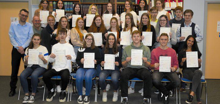 School Profile - Herderschule Giessen - Certificate Ceremony